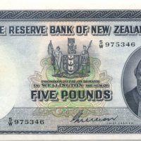 purchase-banknote-015